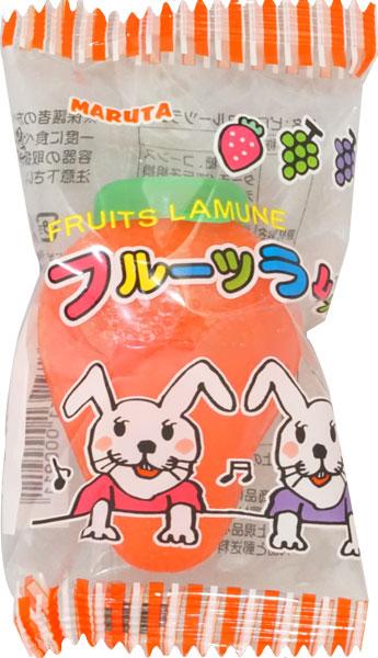 ピロフルーツラムネ 容器は食べ終わった後もキャンディーを入れたりラムネを入れたりして楽しめます