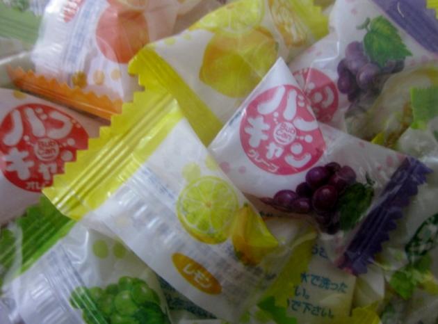 業務用 バブキャンディ 1kgバブキャンディはフルーツ味のジューシーなキャンディです