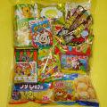 ちょっと豪華なプレゼントに500円のお菓子袋詰め 人気です