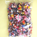 駄菓子 チョコレート 大袋に大量のチョコボールが入って格安です