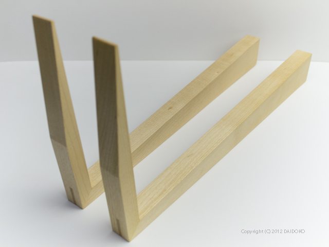 wood in the ear ウッドインザイアー ブックスタンド