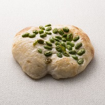 枝豆の石窯塩パン