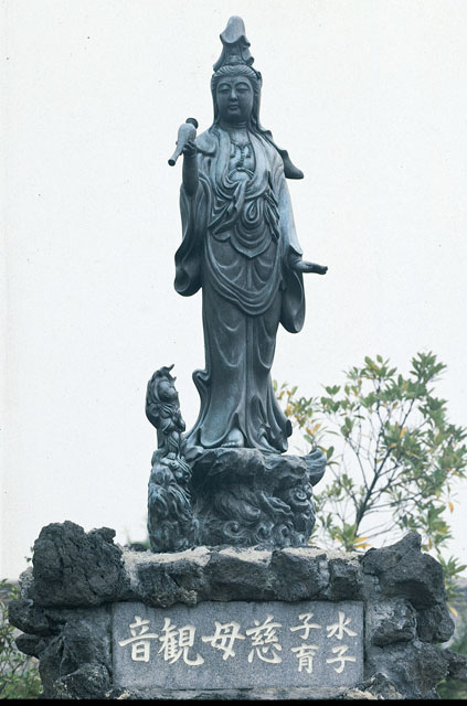 唐金仏像 五尺五寸慈母観音像