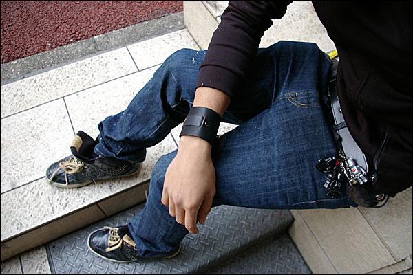 ハリウッドスターも愛用するLAブランド★deanのレザーブレスレット(mw04_men's_leather_cuffs)