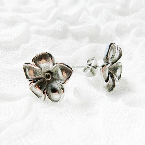 スタッドピアス 10 花 フラワー シルバー