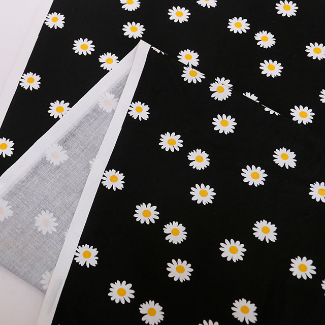 【決算SALE】生地・布・入園入学 ≪ Daisy flower  ≫ コットン/幅109cm デコレクションズオリジナル生地・布 【10cm単位販売】