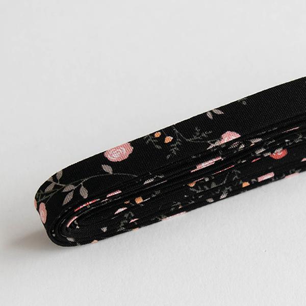 バイアステープ/12mm巾・ふちどり(4ツ折) 20 Mini rose 【2.5m巻】 バイヤステープ/コットン/裾上げ/縁しまつ/縁どり/入園入学 【デコレクションズ】【メール便対応】