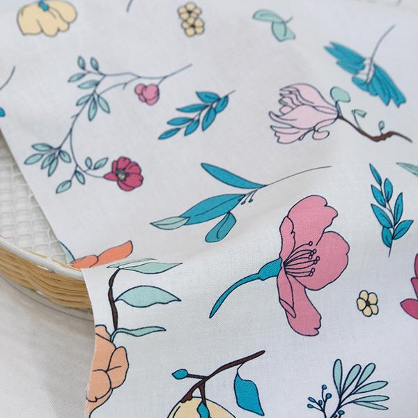 生地・布・入園入学 ≪Botanical flower≫ コットン/幅109cm デコレクションズオリジナル生地・布 【10cm単位販売】