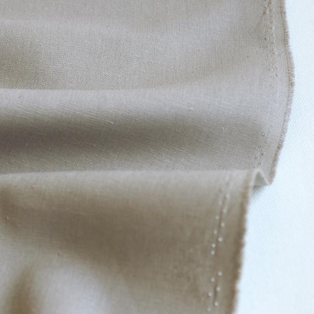 生地・布 ≪ 無地ハーフリネン 26 ウッドグレー ≫ ハーフリネン/幅135cm 【10cm単位販売】