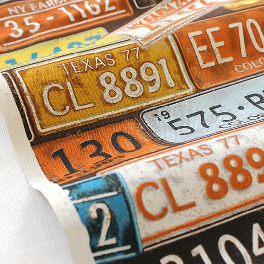 生地・布 ≪ Number Plate - ブラウン ≫  オックス/幅110cm KOKKA/コッカ 【10cm単位販売】