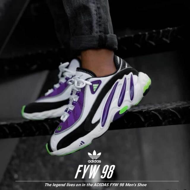 adidas アディダス スニーカー メンズ ホワイト パープル FYW 98 EG5196