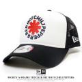 NEW ERA ニューエラ カーブバイザーキャップ 9FORTY A-Frame トラッカー Red Hot Chili Peppers ロゴ ホワイト × ブラックメッシュ 12123603