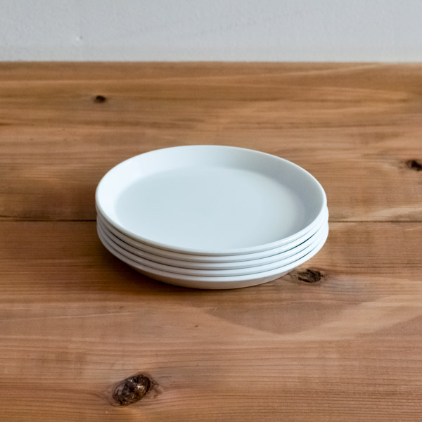TY Round Plate White 80mm 5個セット≪1~3営業日で出荷≫ ( 1616 / arita japan あすつく 敬老の日 プレゼント ラウンドプレート 食器 ホワイト 小皿 醤油皿 有田焼 )