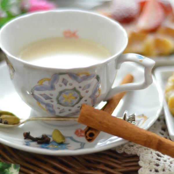 【九谷焼 】 コーヒーカップ 花と蝶 ペア ≪送料無料/1~3営業日で出荷≫