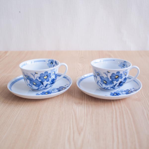 【九谷焼 】 コーヒーカップ お花畑 ペア ≪送料無料/13時まで即日出荷≫