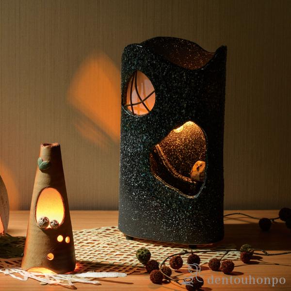 【送料無料】あかり 森の夜≪!メーカー直送品!通常1~3営業日で出荷≫ ( へちもん 木札名入れ可 スタンドランプ テーブルランプ アンティーク 照明 おすすめ 信楽焼 )