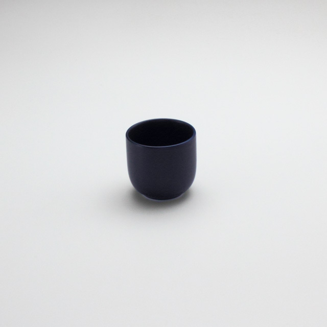 コップ小 紺マット