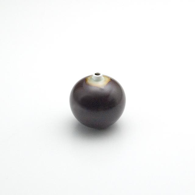 球型ミニ花瓶 鉄砂