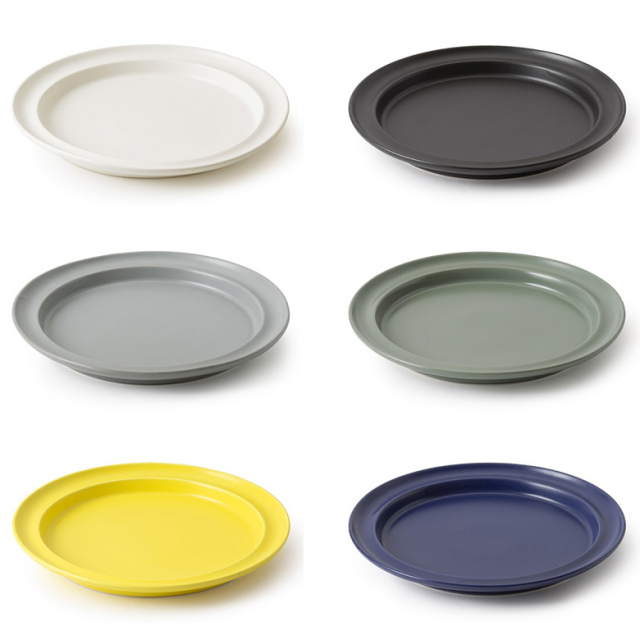 かもしか道具店10プレート 10寸サイズ 全6色 黒/白/グリーン/グレー/青/黄 平皿 半磁器 日本製