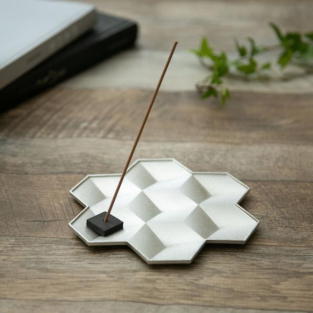 錫100%のお皿 雪の結晶 Lサイズ トレー プレート  Snowflakes-L 能作 ギフト 贈り物 内祝いフト 贈り物 内祝い