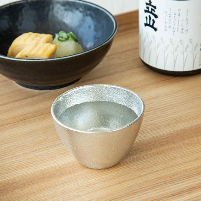 能作 錫のぐい呑み 桐箱入り 父の日 贈り物 ギフト 酒器 日本製