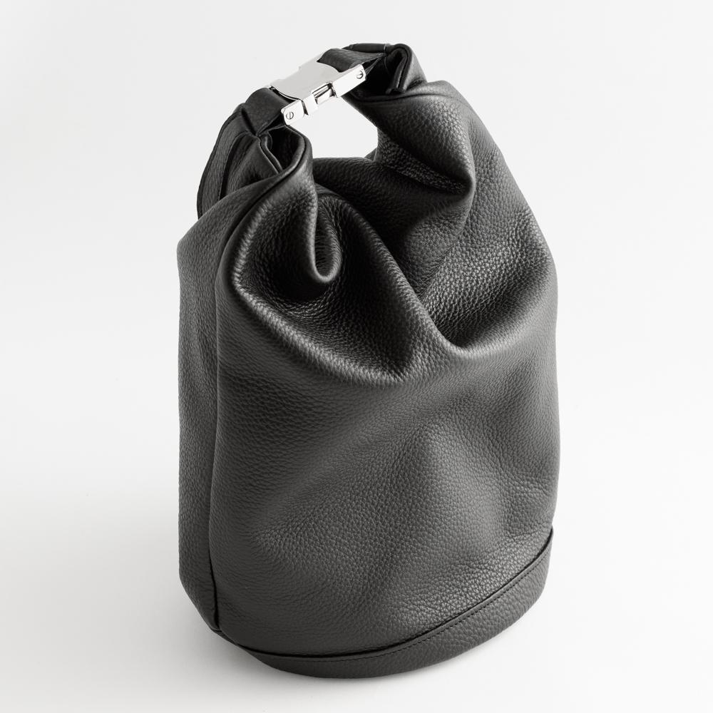 防水革のドライバッグ 水シミができない防水レザー使用 ドライスタッフバッグ(受注生産)