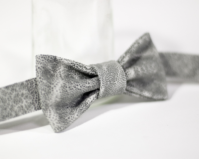 "Bow-tie ""Elephant"" レザー蝶ネクタイ 象革モデル"
