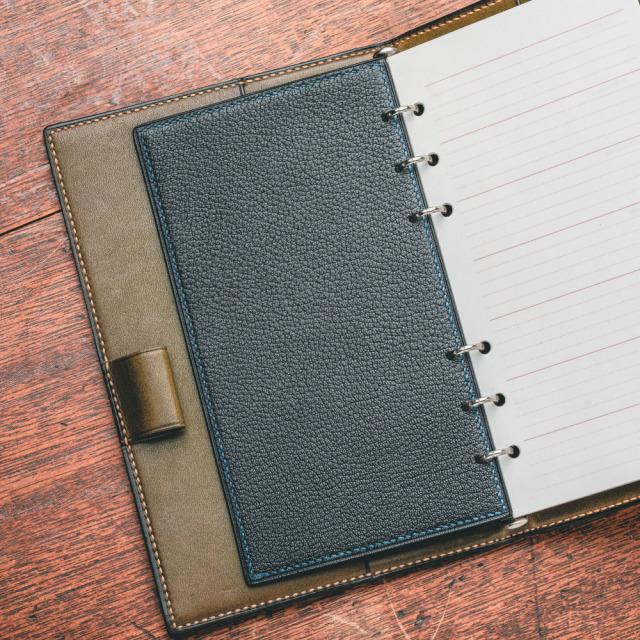 バイブルサイズ用 書き心地を左右するレザーリフター 革の下敷き2枚セット(受注生産)