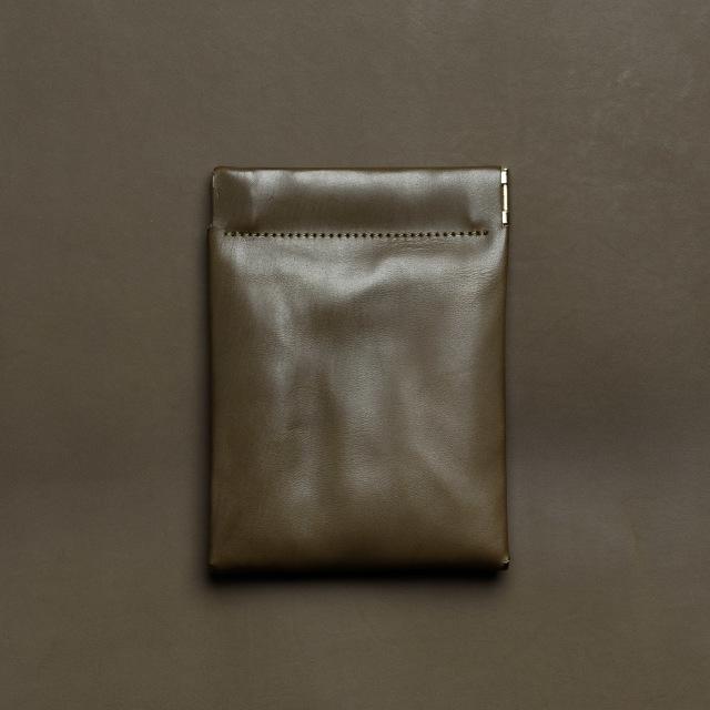 イタリアのコンビなめしカーフ使用ミニ財布