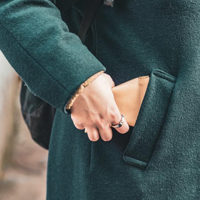男性にも女性にも使いやすいミニ財布