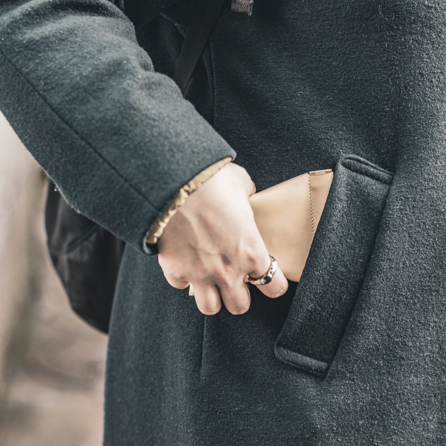 女性にもおすすめなミニ財布