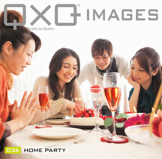 QxQ IMAGES 036 Home party