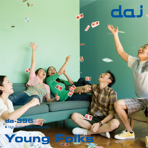 DAJ396 Young Folks【若者】