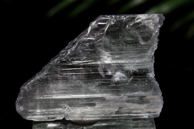 クンツァイト原石(F767)