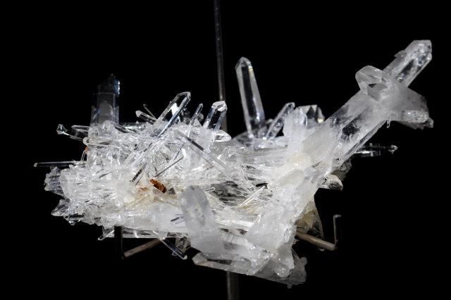 コロンビア水晶クラスター/針状結晶(R74)