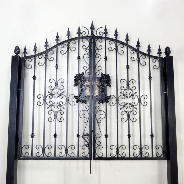 両開き門扉,ロートアイアン,ロートアルミ,おしゃれ,安い,アンティーク,激安,即納