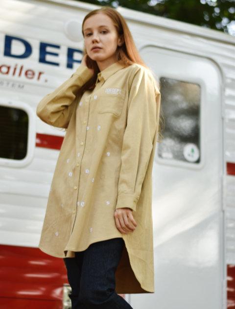 【WOMEN】マーガレットストレッチロングシャツ