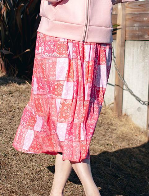 【WOMEN】ペイズリーパッチワーク スカート