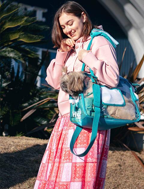 【DOG GOODS】クリア箱型キャリー
