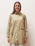 【WOMEN】刺繍ロングシャツ
