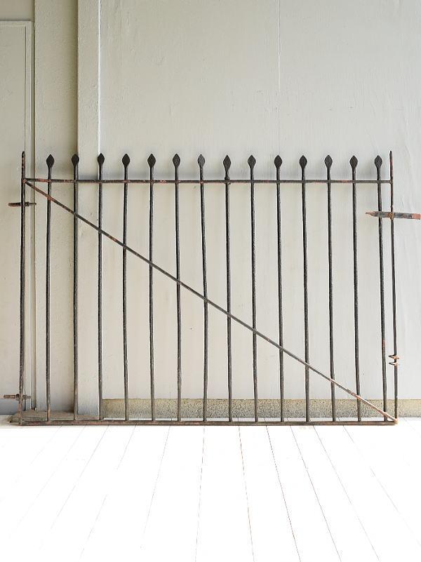 イギリス アンティーク アイアンフェンス ゲート柵  7010