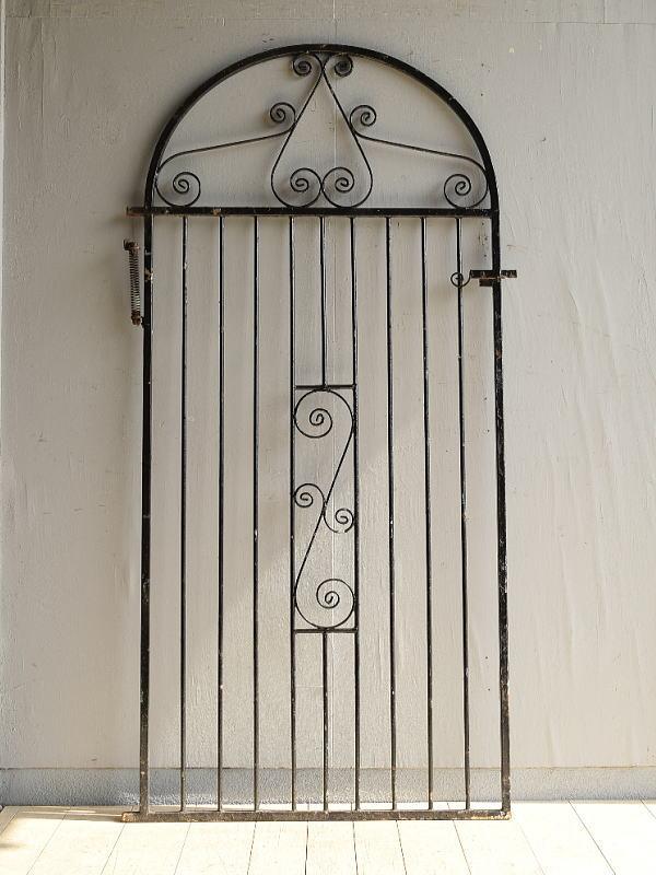 イギリスアンティーク アイアンフェンス ゲート柵 ガーデニング 8019