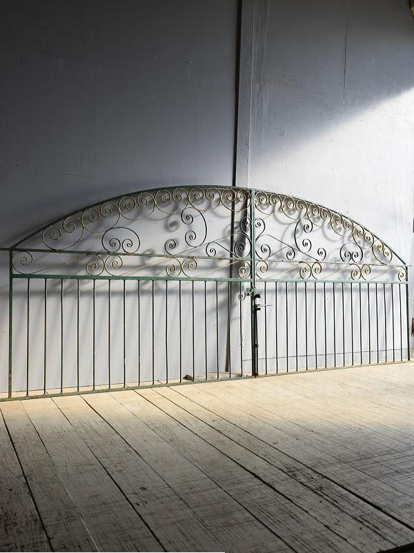 イギリス アンティーク アイアンフェンス ゲート柵 8248