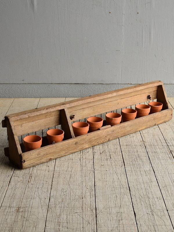 イギリス アンティーク 木製 ひよこ用フィーダー+植木鉢 8317