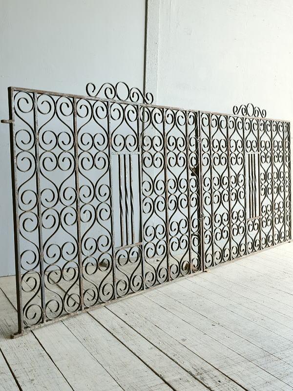 イギリス アンティーク アイアンフェンス ゲート柵 8324