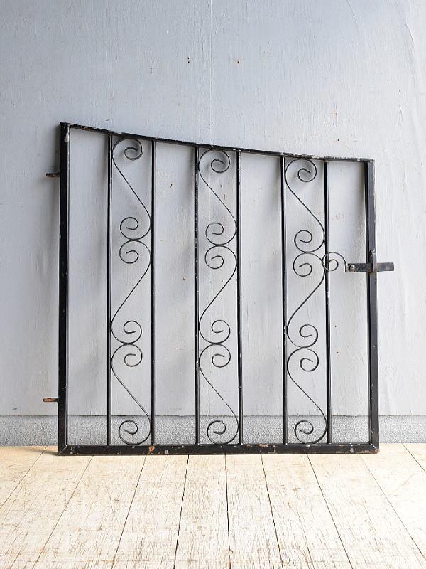 イギリス アンティーク アイアンフェンス ゲート柵 ガーデニング 8498