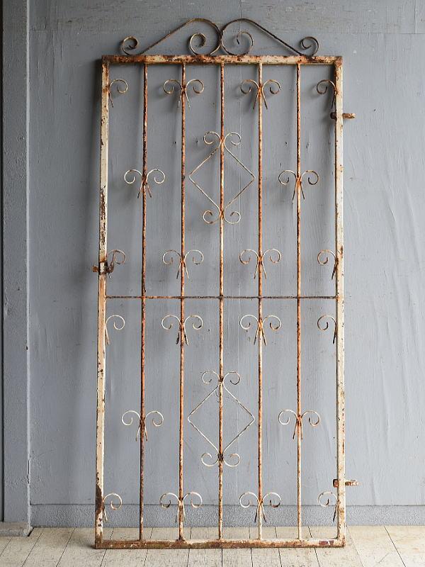 イギリスアンティーク アイアンフェンス ゲート柵 ガーデニング 8624
