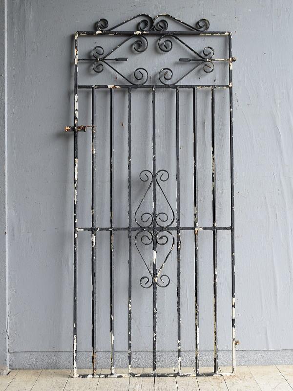 イギリスアンティーク アイアンフェンス ゲート柵 ガーデニング 8625