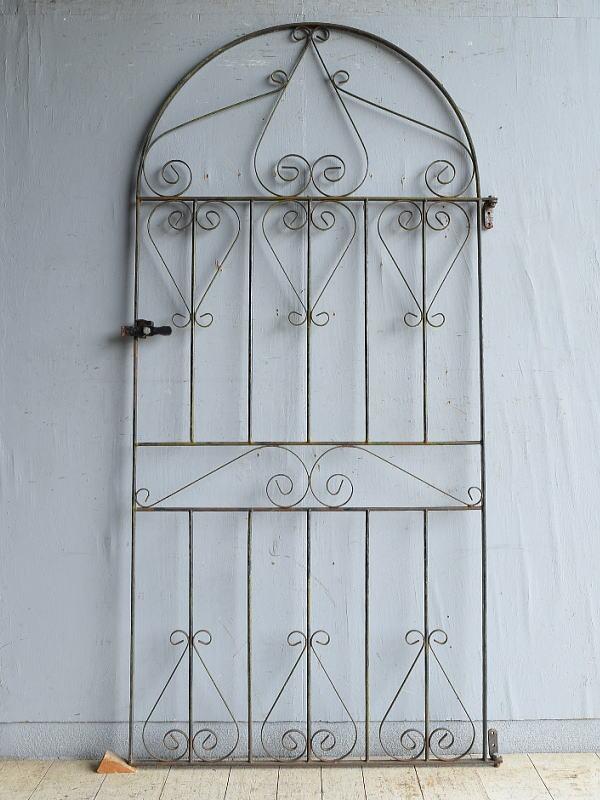 イギリスアンティーク アイアンフェンス ゲート柵 ガーデニング 8762