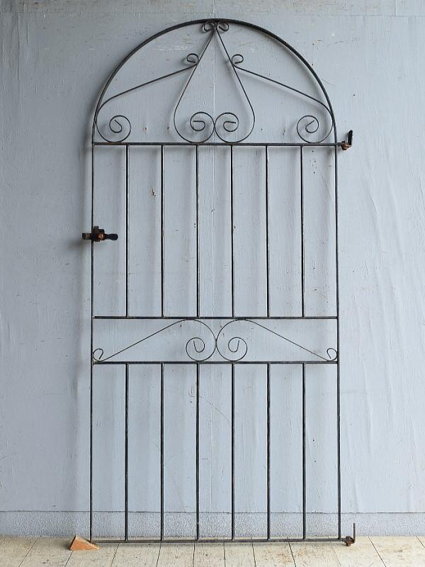 イギリスアンティーク アイアンフェンス ゲート柵 ガーデニング 8763